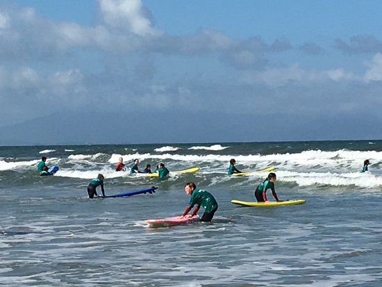 kingdom-waves-surf-school